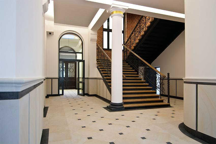 Lokal handlowo-usługowy - 307 m2 - Heritage Gates